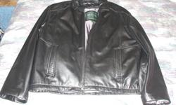 Black leather jacket with liner Size 40-42 (medium) Worn once