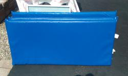 Blue 48 x 22 x 2 Very good condition. 3 in stock