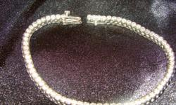 BEAUTIFUL! Diamond tennis bracelet, white gold, bezel setting. 3ct TW. Paid $3200 @ Ben Moss - MUST SELL! Contact for more details. $1000 cash only, firm on price.