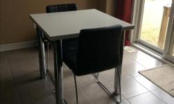 This cute dinette table is sure to impress. Perfect for small spaces.