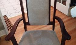 Beautiful Dinning room set. Elegantly upholstered 6 chairs. A must see.