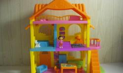 Dora the Explorer house, comes with furniture, Dora doll and little dog. Brand new condition!