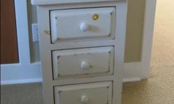 pine three-drawer chest painted cream 45 cm wide x 68 cm high excellent condition