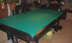 """Beautiful 4 x 8 Black Dufferin Pool Table NEW tournament green cloth 1"""" slate bed Leather weave pockets Snooker & billiard balls Premium ball & cue rack w/ score keeper & caulk board 5 cues, rake, chalk Deluxe cover Billiard light included Table in great"""