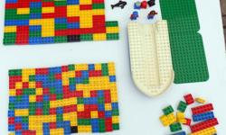 For Sale: Duplo/Lego Building Block Lot. Previously played with. In played like condition - minor marks, scratches on the plastic, etc.. Lot consists of the following: 1 Ship Shell 2 green boards 160 square blocks 83 rectangle blocks 16 miscellaneous