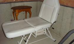 I am selling a multi-use esthetics bed can be used for facials, massages, waxing, and pedicures. Features a hole cutout for comfortable massing and the bed allows adjusted height at the head and the foot area. The bed has been used well there are some