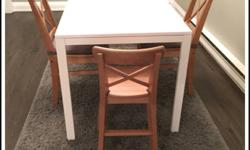 Family dining set White table, 2 adult chairs and 1 child high chair It can be sold separately.