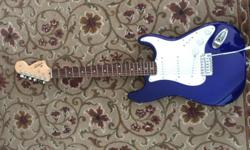 Slim maple neck, 3 single coil pickups for classic Strat sounds, excellent condition