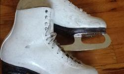 Size 6 Harlick skates. Blades need sharpening. Boots and blades in great shape.