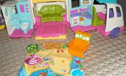 new price 06/01/16 PLAYED WITH 1 TIME,IN MINT CONDITION,FISHER PRICE CAMPER, OPENS WIDE WITH LOTS OF ROOM& ACCESSORIES FOR DOLL HOUSE ON THE GO! ROTATING BATHROOM WINDOW FOR INDOOR/OUTDOOR SHOWER. FLIP PANELS UP TO REVEAL HIDDEN BEDTIME AREA. LIFT AND