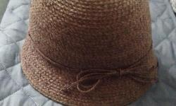 Ladies beautifully made hat. Never worn. Size 57 cm.
