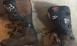 size 12 motorcross boots off road version with a grippy sole, used twice! bought them brand new then sold my bike, call email or text, located in lake cowichan but can meet in duncan, thanks!