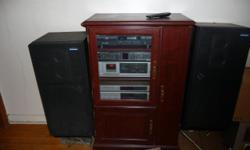 Free Stereo Equipement With Stand