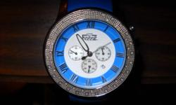 Yes i am looking to sell my freeze diamond watch its a US company that doesnt make watches anymore the strap and the face is blue with mother of peral face with chronograph and date 0.40ct in white diamond around the bezel it has a normal watch strat also