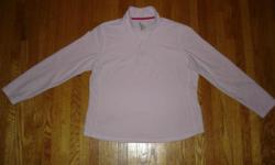 Cozy GAP Women's Sweatshirt Size Large Women's Gap pale pink soft sweatshirt. Has the Gap logo on the top left side of the front. Pullover with a nice cozy collar and a zipper at the top. Gently used, like new. Still Available if you see the ad. Pickup