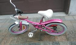 Girl's Cream Soda bike , 16 '' wheels, for girl 5-8 years old. In prefect condition. Also I have a helmet for 5-8 y.o. - $5.
