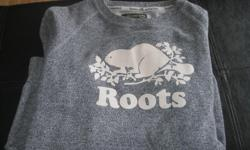 Girls ROOTS Athletics - sweatshirt size XXS Color - Grey fleck with beaver on front $10 Can meet in west end of ottawa (kanata) or pickup in Constance Bay