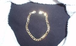 Brand New Italian Made Gold Plated Bracelet .925 Silver 8 Inches In Length Excellent Condition