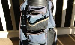 Golf bag in good condition.No tears or rips,