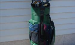 Brunswick Bag in great condition with 12 older left handed clubs