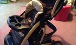 Graco stroller in good condition. Swivel wheels, lightweight and easy to push.