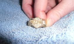 Great xmas gift for the Harley davidson die hard.   10K Harley Davidson Gold Ring,   pictures are not the best quallity.   705-969-8899