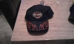 this is an actual harley hat,baught at a harley shop not one from walmart or winners or wherever,was an xmas present never worn cause it didnt fit my head.asking $15.email if interested.