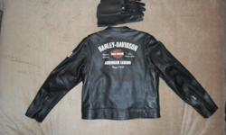 Ladies size L   All leather jacket.   Only worn 5 times.   I am throwning the gloves in.   Asking $450 OBO