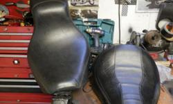 These are off a softail, solo seat and full seat have minor tears where the goncho's where...... $20.00 each