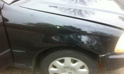 honda civic fenders 96-00 30.00 for one and for the set $50.00 if add is up its still for sale check out my other ads