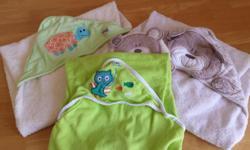 3 hooded bath towels 1 face cloth