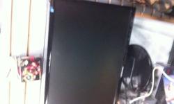 "hp quad core 3.2 ghz processor a.m.d 7 gigs ddr2 ram 640 gig hard drive built in nivida graphics dvd burner with light scribe samsung 23"" wide screen monitor razer mose logitech g11 keyboard $550"
