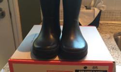 Black kids hunter rain boots size 7 for sale asking $50 OBO !