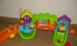 plays music moves great for kids needs to be wiped down, but in great condition !!