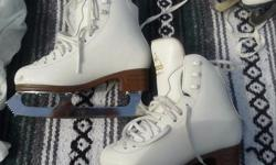 Jackson Classique Figure Skates - Size 2C Paid $100 asking $30