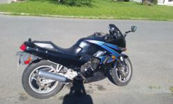 -1995 Kawasaki Ninja EX-250 ~18000 Km -New clutch cable. -Cam chain tensioner re-done. -Selling gear as well (Helmets, SENAS, gloves, boots jacket)