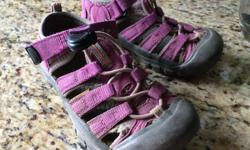 Lightly used Keen sandals size 11. Dark pink. In great condition.