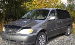 2004 Kia Sedona LX. Needs servicing..for tune up, winterizing, air conditioning, rear brakes