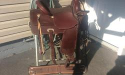 For sale king saddle 16 inch lightweight hardley used