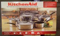 i have a Kitchen Aid 10 piece nonstick cookware set for sale with break resistant glass lids its never been used or opened for that matter it sells in stores for $399 but im selling it for $150 it would make a great christmas for that special someone.