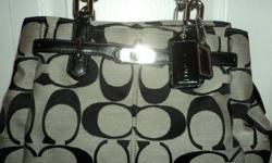 Ladies Black & Grey Coach Purse - In Excellent Condition