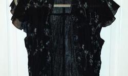 Black with blue flowered print Brand: Daniel Laurent Size: Med