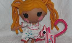 Hello, we are selling a Lalaloopsy Spot Splatter Splash Silly Hair doll with pet. She is in good condition with some minor marks on her body and face. Price is $15. We are in Orleans near Charlemagne and Valin, please contact us for pickup.