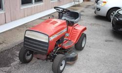 Yard Pro Lawn Tractor Briggs & Stratton 12 HP Engine
