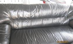 no rips  nice leather couch change my living room