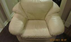 Excellent condition, cream leather love seat and single chair. $400 for both or best offer. Please call 416-317-5426   Thank you, Humera