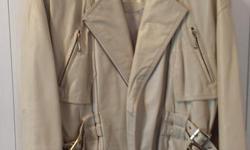 Short Beige Winter Jacket Brand: Danier Size: XS