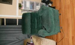 lift recline chair in great working order and in great condition, will arrange delivery if needed plz call 519-490-3880