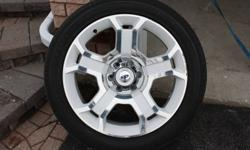 Limited Edition Ford 2011 - Tires, Caps and Rims x 4   22 inch Pirellis, Limited Edition Rims off of 2011 Ford F-150.   32 000 km on tires   Rims, Caps, Tires all included x 4