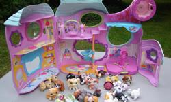 'Littlest Pet Shop' folding house and about 30 L.P.S. characters. All in great condition and clean. Please leave your phone number to contact.